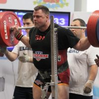 Hall of Fame Powerlifter Brad Gillingham back squating at the 2013 IPF Worlds